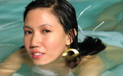 5 Signs a Filipina Likes You and Is Ready to Heat Things Up